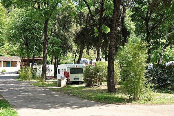 Camping le Val Fleuri-Emplacement Camping Sanitaire